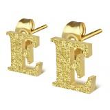 Clou pour oreille en acier lettre gold ip E