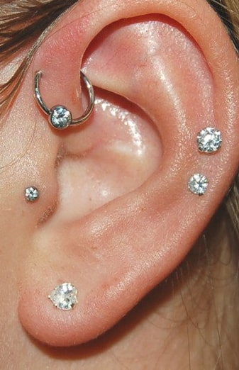 Piercing anti-hélix anneau B