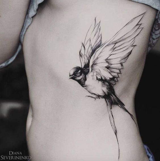 Tatouage d'un oiseau