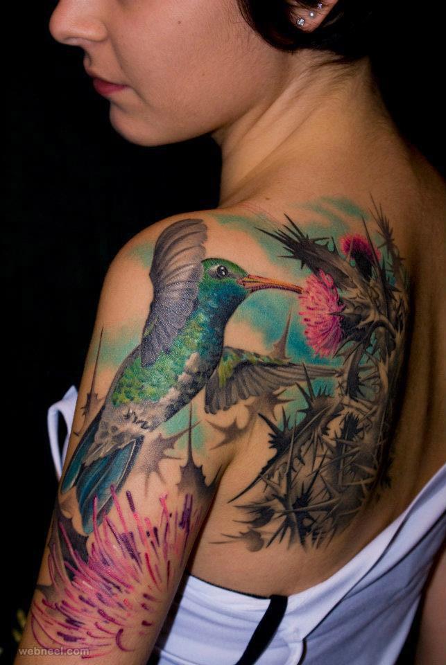 Tatouage d'un colibri